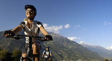 """Auf die E-Bikes, fertig, looooos"""