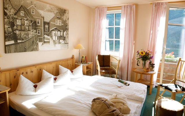Zimmer zur Elbseite