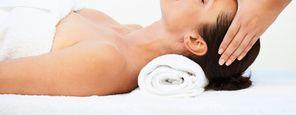 Gesichts-Hals-Dekolléte-Behandlung für Mann und Frau
