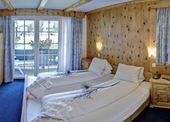 Nice Price room
