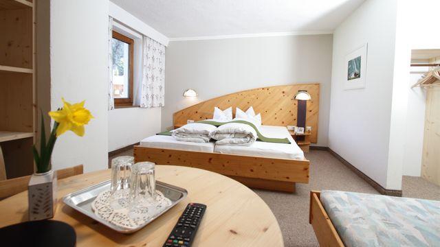 Föhren-Dreibettzimmer Stillebach