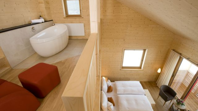 Gallery suite Holz100