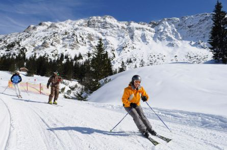 Ski, Snow & Well-being