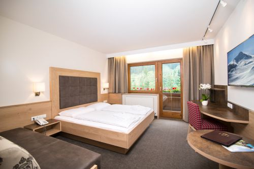 "Double room ""Tirol"" South"