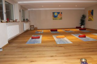 Yoga-Gruppenstunde